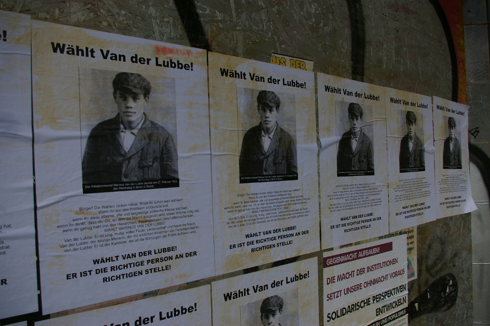 [Plakate: Wäht Van der Lubbe!]